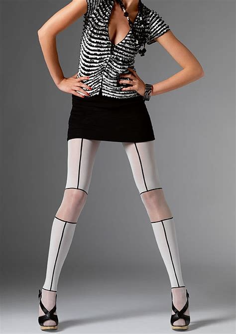 patterned tights for big legs 218 best pretty patterned tights images on pinterest