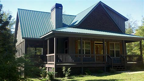 small 2 story 3 bedroom cabin with wraparound porch small 2 story 3 bedroom cabin with wraparound porch