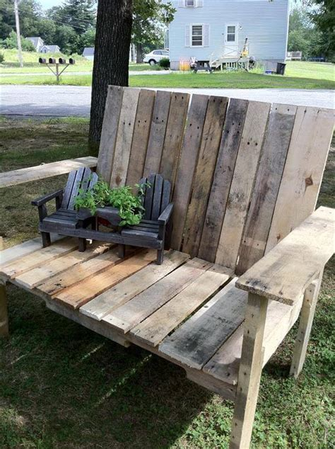building a bench out of pallets diy wood pallet bench 99 pallets