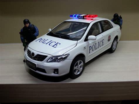 new toyota cars singapore singapore police fast response car toyota altis model