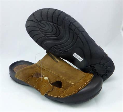 mens closed toe slip on sandals x t 59453 mens slip on closed toe sandals leather