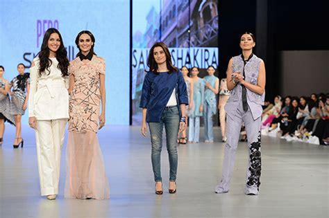 Sunsilks Color Boost Secret Model Experiments Peek by Psfw16 Pfdc Fashion Week Day 3 Saira Shakira Psfw16 Pfdc