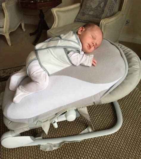 Can Baby Sleep In Vibrating Chair by New Baby Seat Is Causing Controversy
