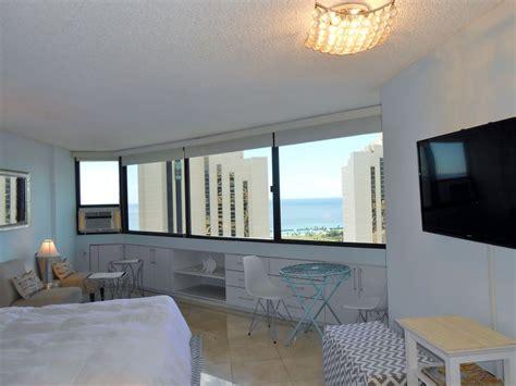 3 bedroom condo waikiki beach waikiki holiday condo luxury condo across beach 35th floor