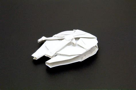 Origami Millenium Falcon - how to make the millennium falcon in origami infographic