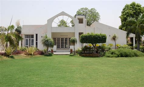 buying house in delhi buying your own villa in delhi earnwrite com