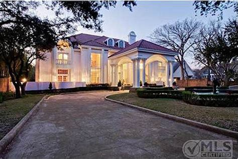 we buy houses dallas tx mary kay s pink mansion for sale in dallas texas hooked on houses