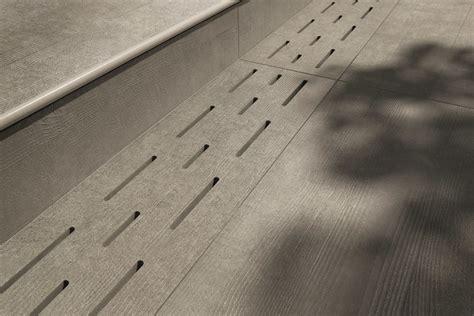 piastrelle caesar prezzi sistema modulare per pavimento sopraelevato in gres