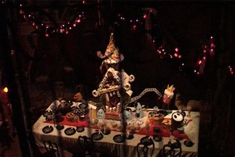 Image Abandoned Gingerbread House Jpg Haunted Mansion Holiday Gingerbread Houses Www Pixshark
