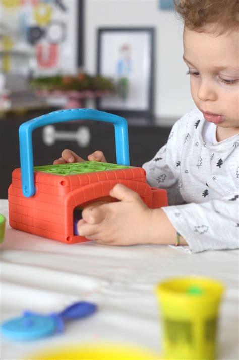 giochi per bambini da fare in casa play doh giochi da fare in casa per i bambini con l