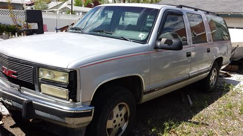 vehicle repair manual 1992 chevrolet suburban 2500 security system service manual 1992 gmc suburban 1500 console removal service manual how to disassemble 1992