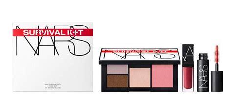 Lipstick Survival Kit nars survival kits summer 2016 trends and