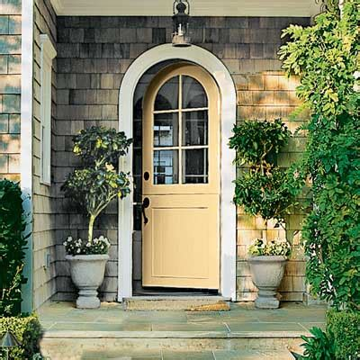 benjamin moore golden honey pink chandelier color me happy front doors