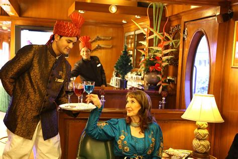 maharajas express gems of india tour will roll out on book luxury train india tour packages at simonsholidays