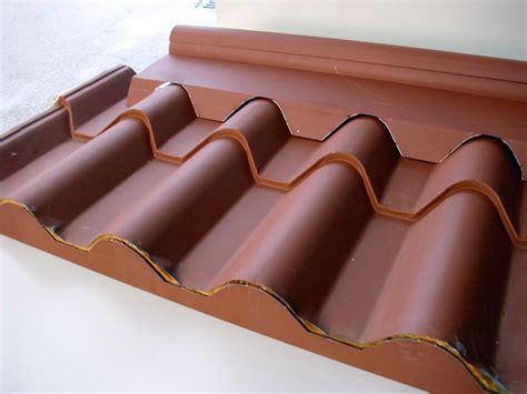 tettoia coibentata lamiera coibentata tegola prezzi profilati alluminio