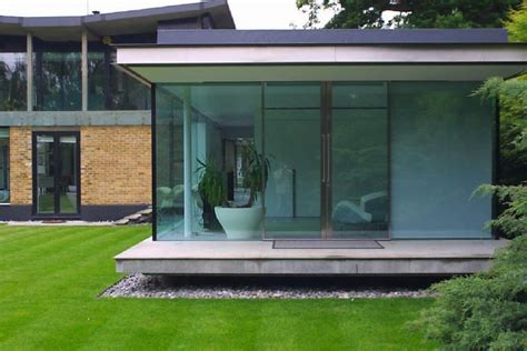 House Plans With Lots Of Glass by Beautiful Modern House With An Open Plan Living Space And