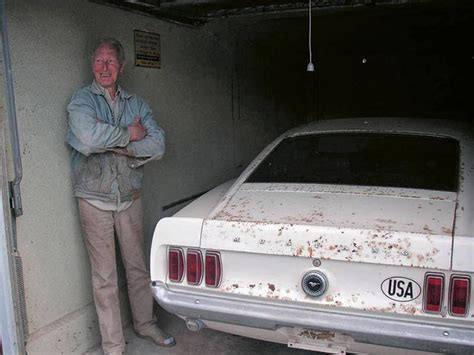 barn find boss  mustang