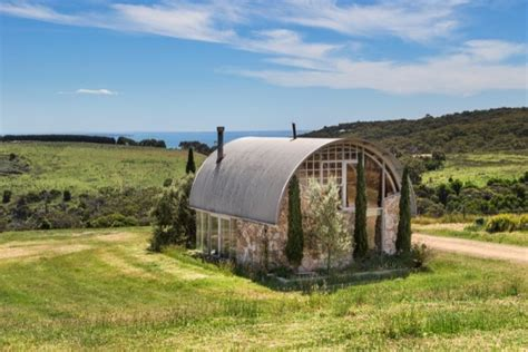 Dome House Floor Plans by Tiny House For Sale With 65 Acres In Australia