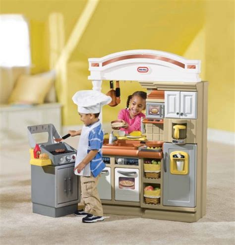 Tikes Step 2 Kitchen by Tykes Kitchen