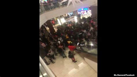 Causes Chaos At The Mall by News Headlines For New Jersey 6abc 6abc