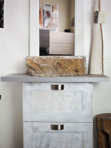 mobili bagno shabby chic mobile bagno shabby chic vintage bianco ante a ribalta