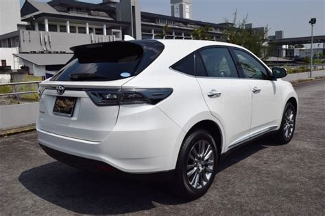 toyota harrier toyota harrier 2 0a premium with moonroof autolink holdings