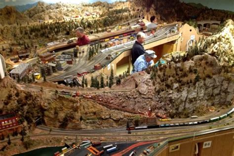 Modern Home Layouts by Model Railroad Club Of San Gabriel Holds Open House