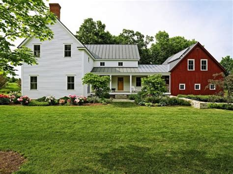 traditional farmhouse barn attached to house the best barn red paint the