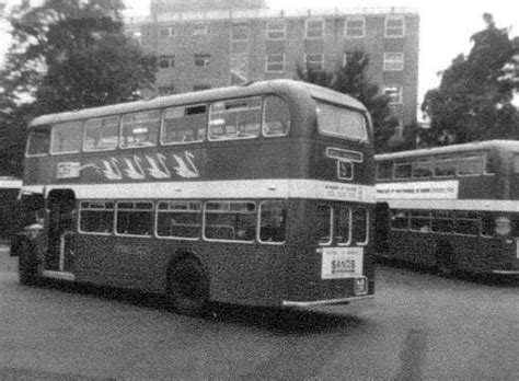 thames valley london the thames valley traction company showbus bus image gallery