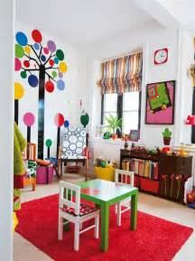 Merveilleux Couleur De Chambre Ado #3: rideaux-chambre-enfant-pas-cher-à-rayures-colorés-jaune-rouge-bleu-et-tapis-rouge1.jpg