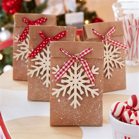 peppermint lane snowflake favor bags