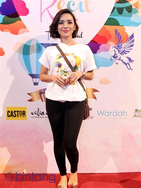 Hamil Muda Gang Lapar Hamil Muda Enno Lerian Serasa Jadi Ratu Celeb Bintang Com