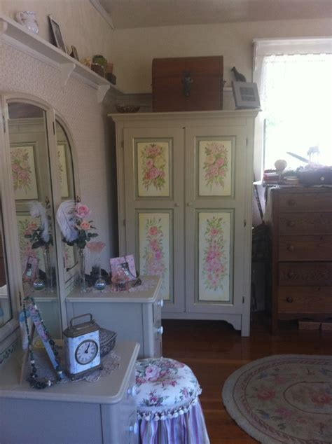 hand painted bedroom furniture hand painted bedroom furniture refinished furniture