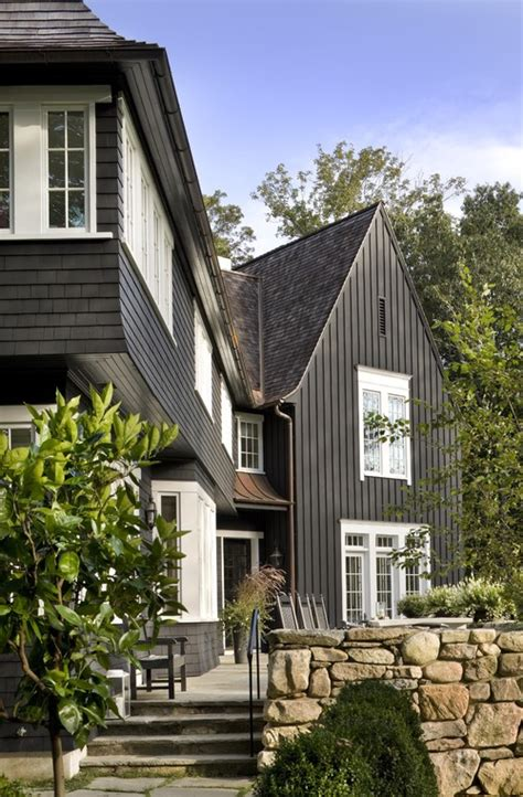 dark grey siding houses black houses home exterior paint ideas