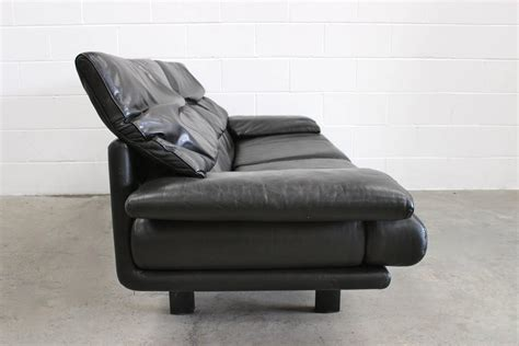 Black Chair And A Half Category Armchairs Homes Design Page 6 Aglf Info