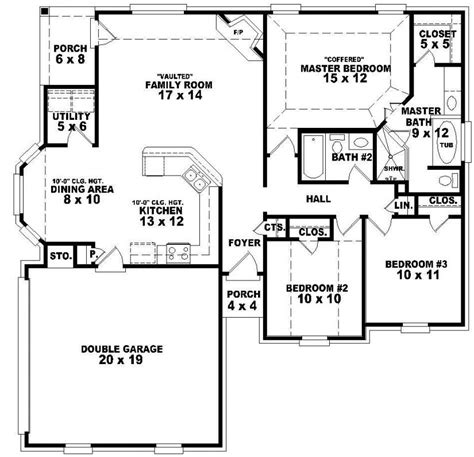 4 bedroom floor plans one story 654048 one story 3 bedroom 2 bath traditional style house plan house plans floor