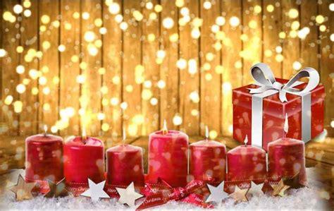 immagini di candele natalizie candele e candeline di natale