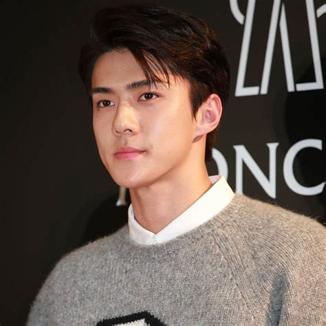 most famous celebrity in usa here are the top 10 most handsome asian male celebrities