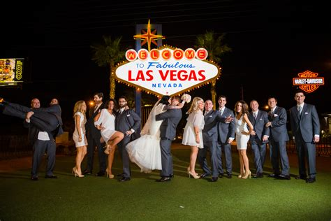 Getting Married In Las Vegas by Frequently Asked Questions About Las Vegas 2017 Photo