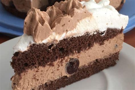 come bagnare un pan di spagna al cioccolato pan di spagna al cacao la ricetta per un dolce alto e soffice
