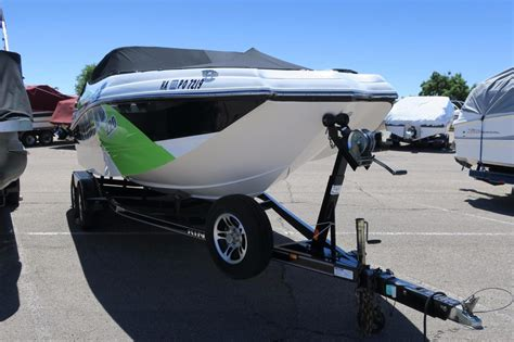 rinker mtx boats for sale 2013 used rinker captiva 220 mtxcaptiva 220 mtx runabout