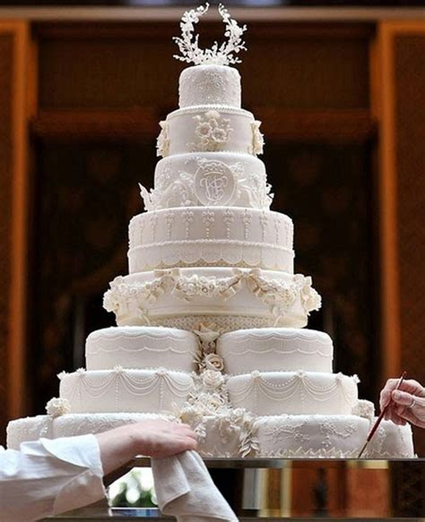 hochzeitstorte käse galen i cupcakes det kungliga brittiska br 246 llopet