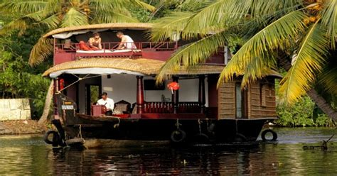 honeymoon packages kerala boat house 10 alleppey honeymoon houseboats for a backwaters stay