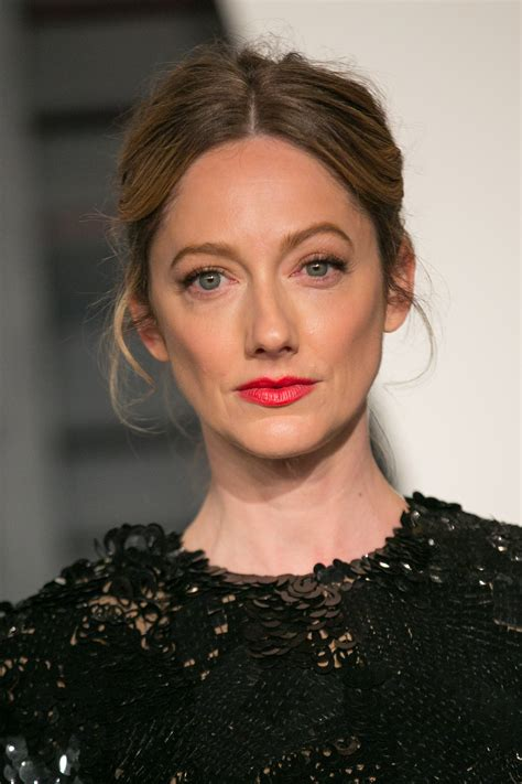 judy greer on er judy greer the rom co star queen