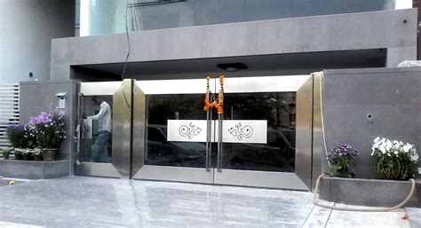 modern house steel gate we use finest of stainless steel and ultra modern technology and apparatus in its