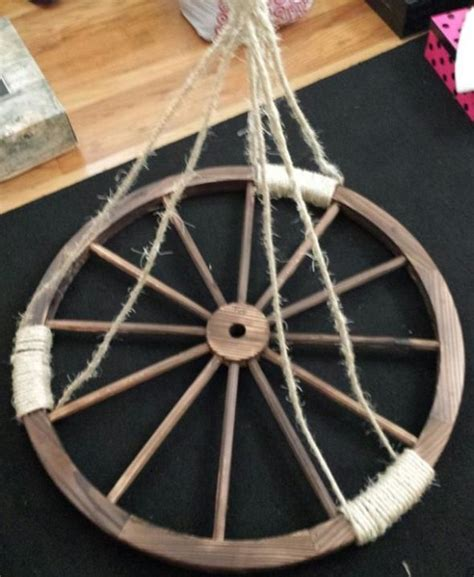 Diy Wagon Wheel Chandelier Wagon Wheel Chandelier Weddingbee Photo Gallery