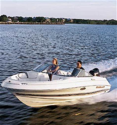 Suzuki Boats Wellcraft 180 Sportsman Family Bowrider Boats