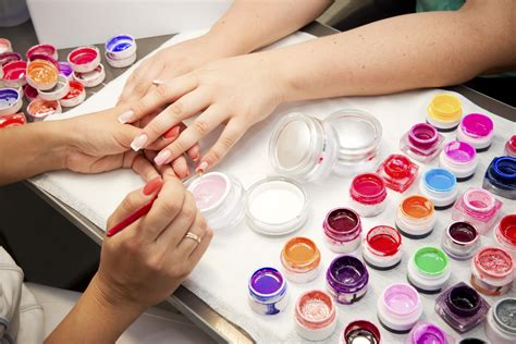 easy nail art techniques at home nail art techniques at home how you can do it at home