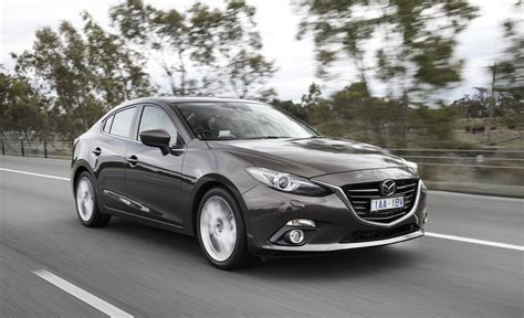 2014 mazda 3 sedan specs 2014 mazda 3 pricing and specifications photos 1 of 28