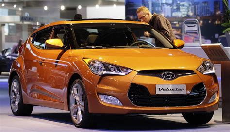 2013 Hyundai Veloster Problems Shattering Sunroofs Audi To Issue A Recall Nbc News